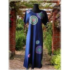 šaty - tmavě modré či černé  s mandalami
