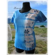 batika-pruh s modrými květy
